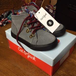 Cat & jack Hamilton size 8 shoes